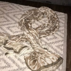 Old navy scarf